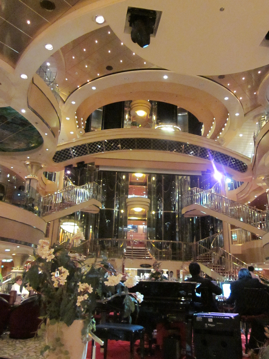 Norwegian Star Ncl Atrium 2