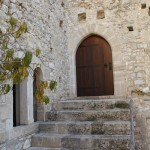 Chlemoutsi-Castle-Wooden-Door-TravelXena.com